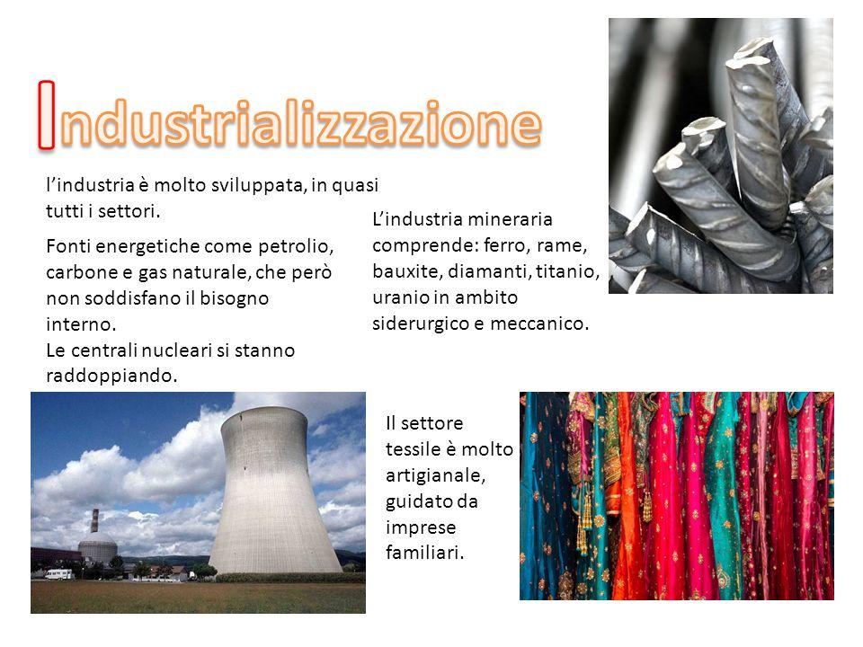 l'industria è molto sviluppata, in quasi tutti i settori. L'industria mineraria comprende: ferro, rame, bauxite, diamanti, titanio, uranio in ambito s