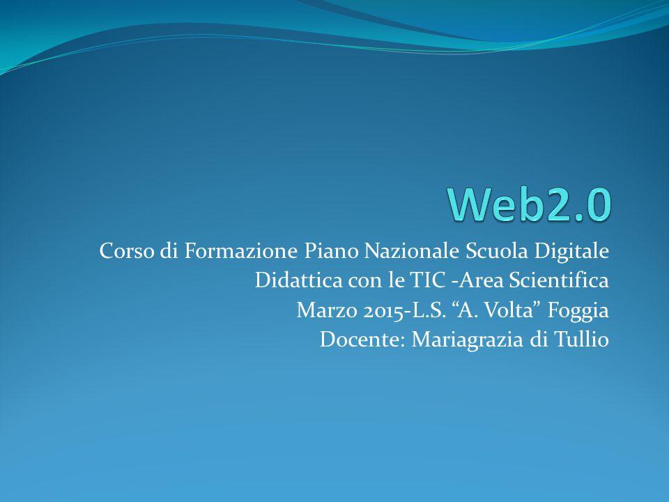 I ll Web 1.0 Nasce convenzionalmente nel 1994, con l introduzione di Mosaic, il primo browser grafico La comunicazione è one-way: dal produttore al fruitore La didattica ai tempi del Web 1.0