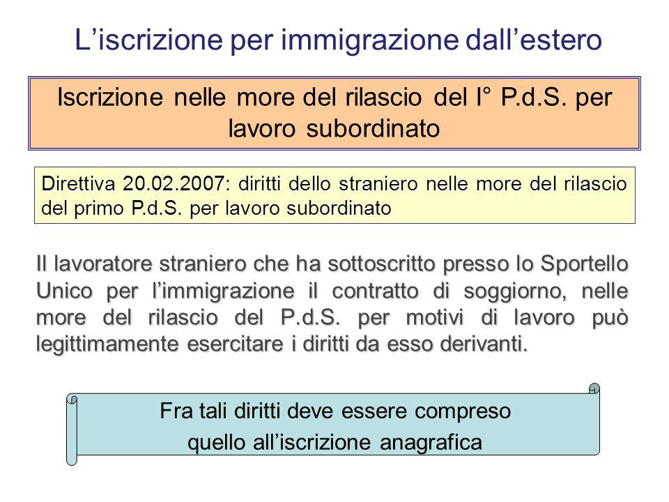 Se l'adozione è pronunciata all'estero e il T.d.M. si limita a riconoscerne l'efficacia in Italia, (art. 35 e segg. della L. 184/1983) l'iscrizione in