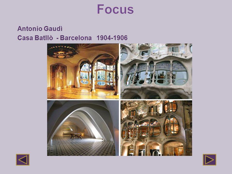 Antonio Gaudì Casa Batllò - Barcelona 1904-1906