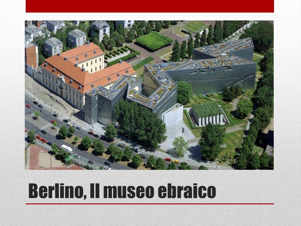 Confronto Punta della Dogana Funzione attuale: si tratta di un museo d'arte contemporanea.