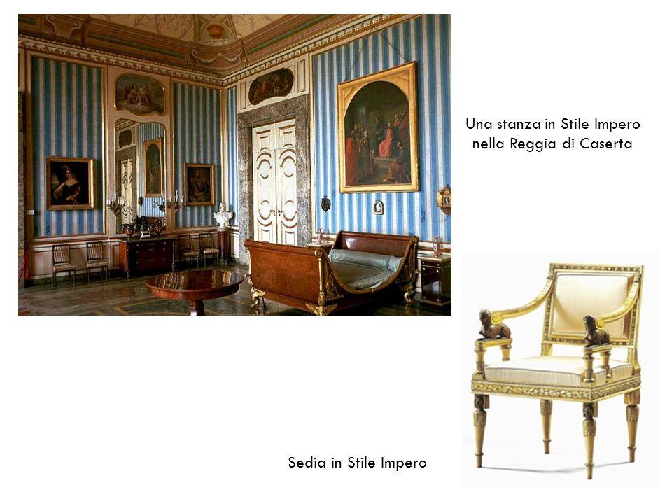 Una stanza in Stile Impero nella Reggia di Caserta Sedia in Stile Impero