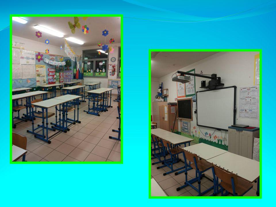 Dalle ore 16.30 alle ore 18.30 alcune docenti del plesso di Scuola Primaria di Largo Wojtyla hanno accolto i genitori per illustrare loro le strutture