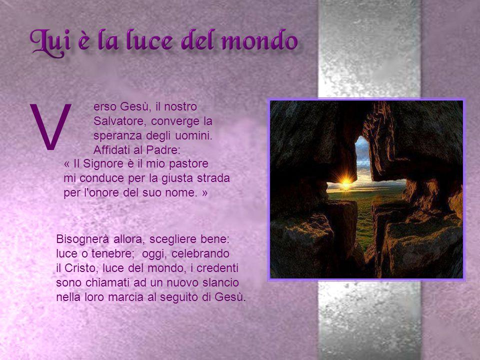 La Chiesa prepara i catecumeni alla « luce » del Battesimo.