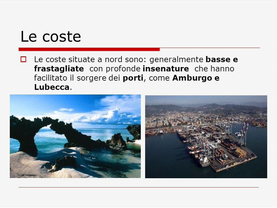 I monumenti di Monaco  Karlstor è il monumento più antico di Monaco  E' una delle porte che delimitavano il primo nucleo della città.