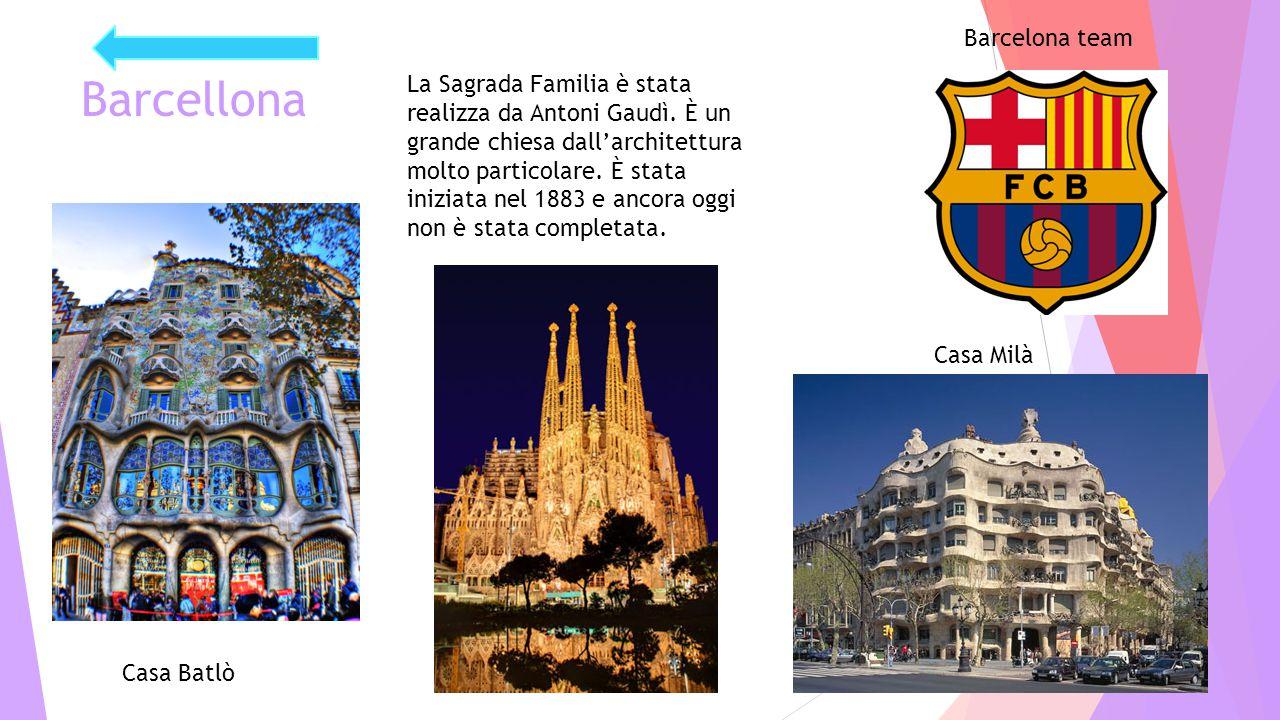 Barcellona La Sagrada Familia è stata realizza da Antoni Gaudì. È un grande chiesa dall'architettura molto particolare. È stata iniziata nel 1883 e an