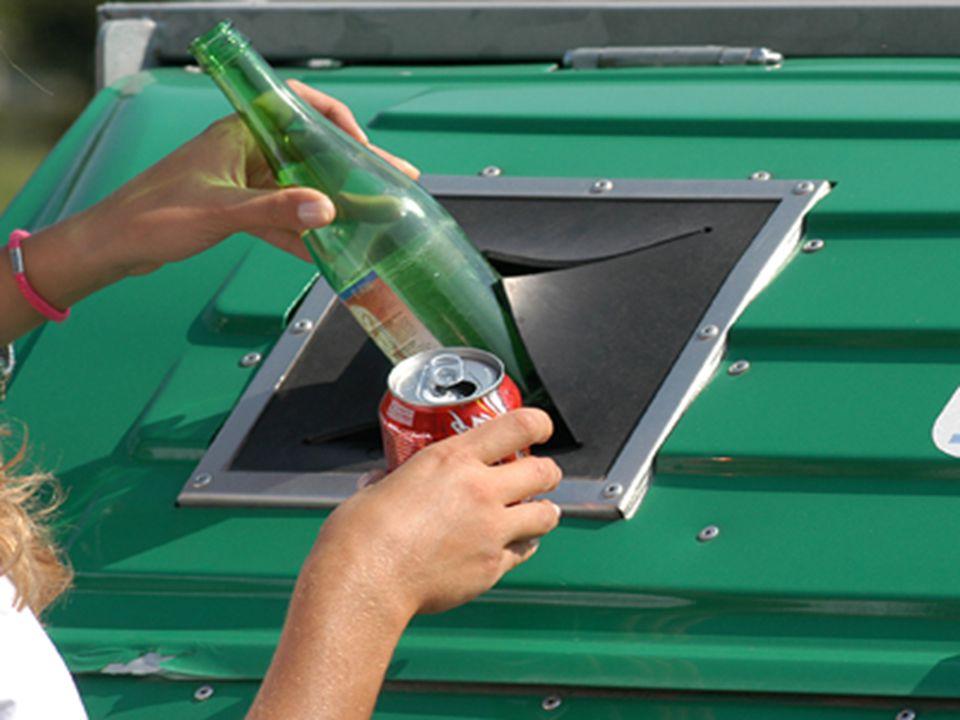  Campagne di raccolta  Entro il 2006 era obbligo di tutti i Comuni raccogliere in maniera differenziata almeno il 35% dei rifiuti (in origine tale percentuale era da raggiungere nel 2003); la nuova normativa prevede l obbligo di raggiungere il 65% entro il 2010.