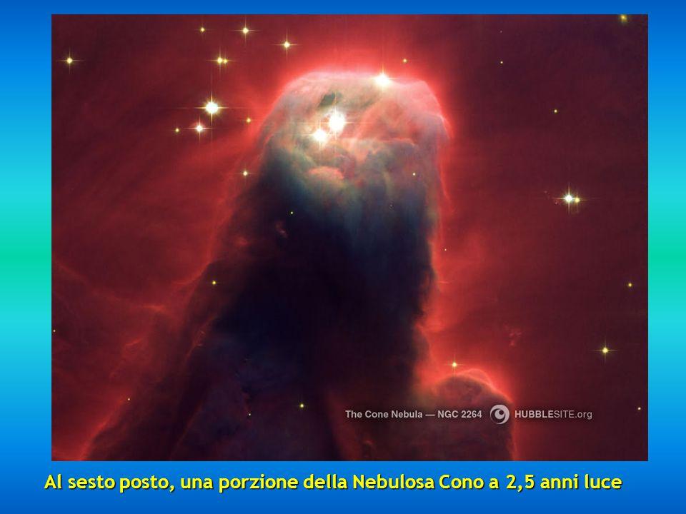 Al quinto posto la Nebulosa Clessidra posta a 8000 anni luce. E' il risultato di una stella esplosa.