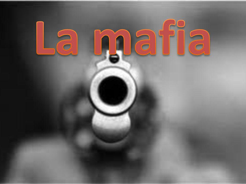 Una famiglia mafiosa è una delle tante cellule della mafia.