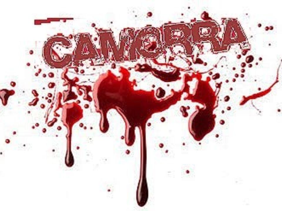 La 'ndrangheta nacque in Calabria verso l'Ottocento. La 'ndrangheta ha origini rurali simili alla mafia. Dopo un lungo periodo dedicato a sequestri di
