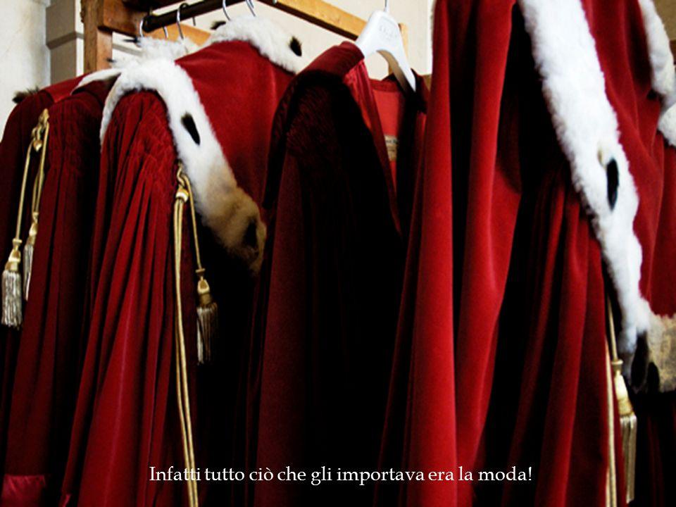 Ma un giorno, tra i tanti sarti al servizio del re, si presentarono due truffatori che sostenevano di produrre le stoffe migliori in cambio di denaro...