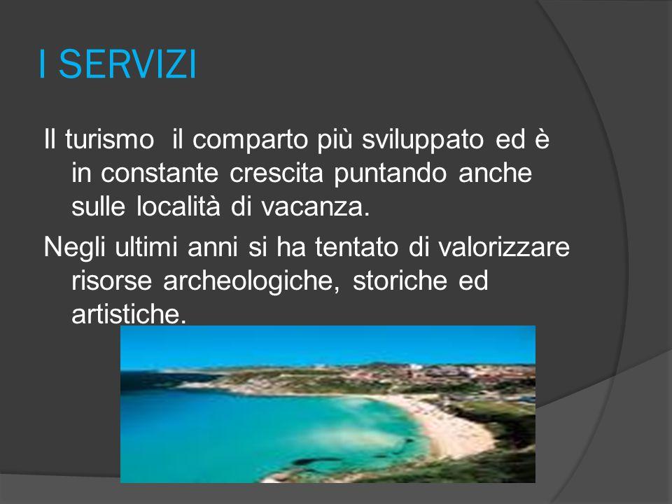 STORIA Nell' antichità la Sardegna era abitata dai Nuragici. Poi con l' invasione di fenici, Romani e Cartaginesi si rifugiarono nell' entroterra. Poi