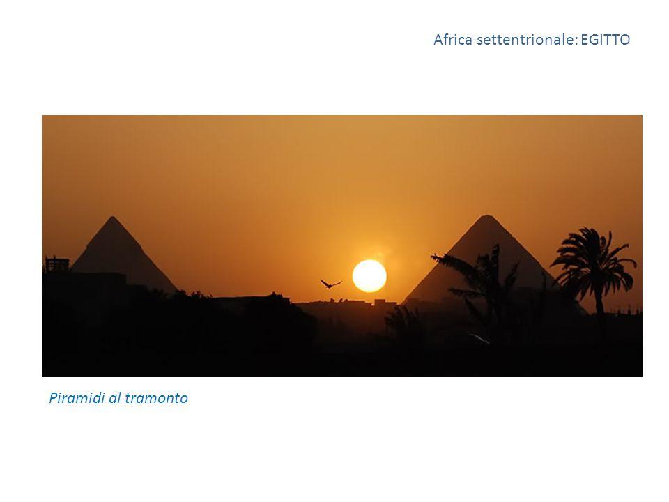 Africa settentrionale: EGITTO Piramidi al tramonto