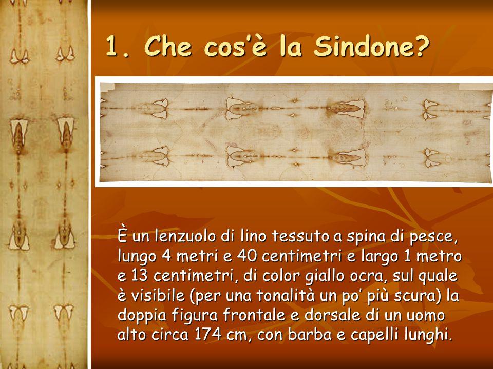 Nel 1997 la Sindone esce intatta dall'incendio della cappella del Guarini, che distrugge l'intera cappella, ancora oggi in restauro.