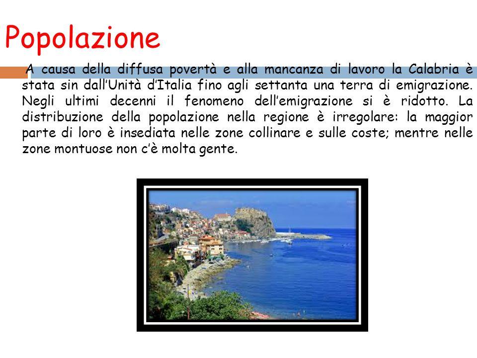 Popolazione A causa della diffusa povertà e alla mancanza di lavoro la Calabria è stata sin dall'Unità d'Italia fino agli settanta una terra di emigrazione.