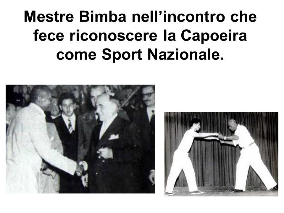Mestre Bimba nell'incontro che fece riconoscere la Capoeira come Sport Nazionale.