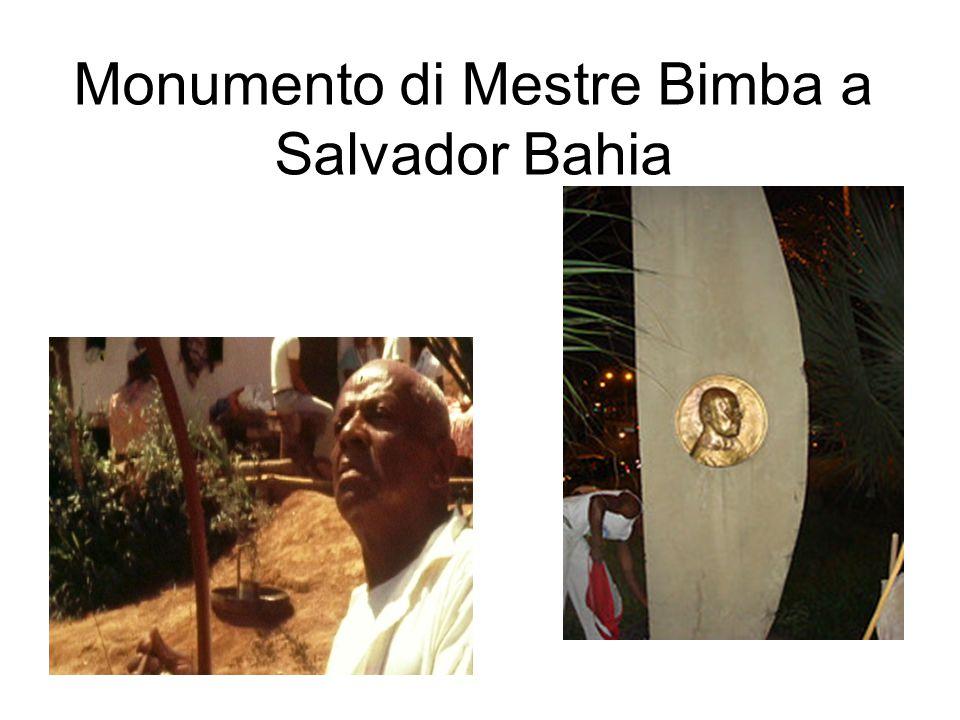 Monumento di Mestre Bimba a Salvador Bahia