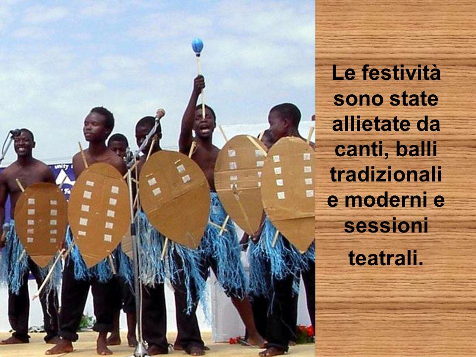 Le festività sono state allietate da canti, balli tradizionali e moderni e sessioni teatrali.