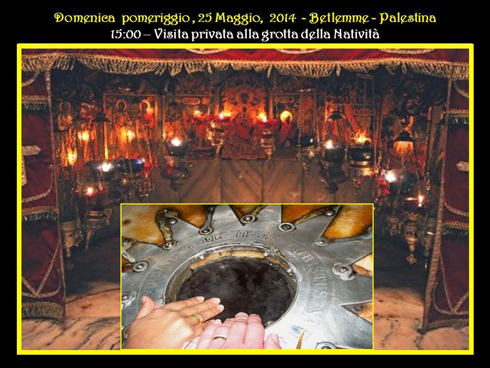 Secondo giorno del Pellegrinaggio Domenica POMERIGGIO, 25 Maggio, 2014 - P Domenica POMERIGGIO, 25 Maggio, 2014 - Programma Secondo giorno del Pellegrinaggio Domenica POMERIGGIO, 25 Maggio, 2014 - P Domenica POMERIGGIO, 25 Maggio, 2014 - Programma 15:00 – Visita privata alla grotta della Natività a Bethlehem 15:20 - Saluto ai bambini dei campi profughi di Dheisheh, Aida e Beit Jibrin 15:45 - Congedo dallo Stato di Palestina all'Eliporto di Bethlehem 16:30 - Cerimonia di benvenuto, Aeroporto Internazionale Ben Gurion -Tel Aviv, Israele 17:15 - Trasferimento in elicottero a Jerusalem 18:15 - Incontro privato con il Patriarca Ecumenico di Costantinopoli nella Delegazione Apostolica a Jerusalem 19:00 - Celebrazione Ecumenica in occasione del 50° anniversario dell'incontro a Gerusalemme tra Papa Paolo VI e il Patriarca Atenagora nella Basilica del Santo Sepolcro.