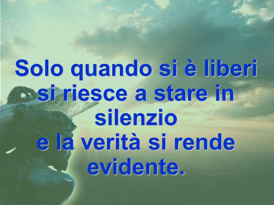 SABATO SANTO È giorno di silenzio. Il silenzio è sacrificio, ma è nel silenzio che si percepisce l'altro. Nel silenzio Dio entra dentro di me, più int