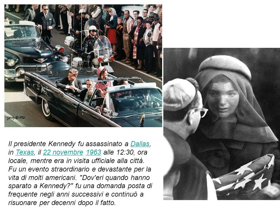 J f k John F. Kennedy prestò giuramento come 35° presidente degli Stati Uniti il 20 gennaio 1961. Nel suo discorso inaugurale parlò del bisogno di tut