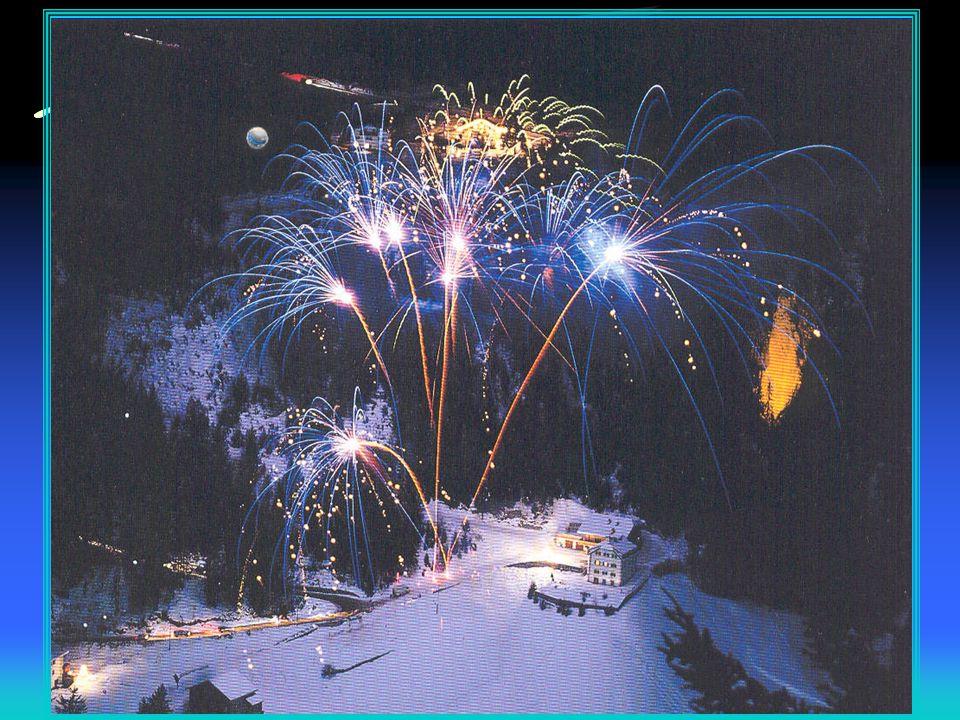 Monte Bianco 4810 m Antefatti 1200 1500 ritirata ghiacciai 1358 Rocciamelone 3538 m Spedizione Inglese 1741 (Chamonix terra di selvaggi?)