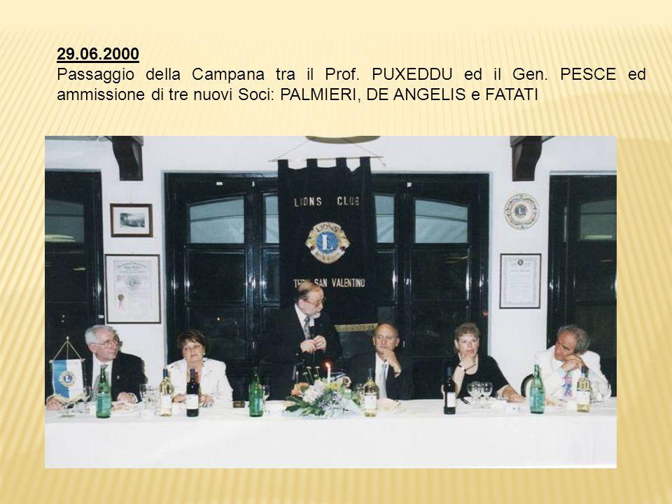 29.06.2000 Passaggio della Campana tra il Prof.PUXEDDU ed il Gen.