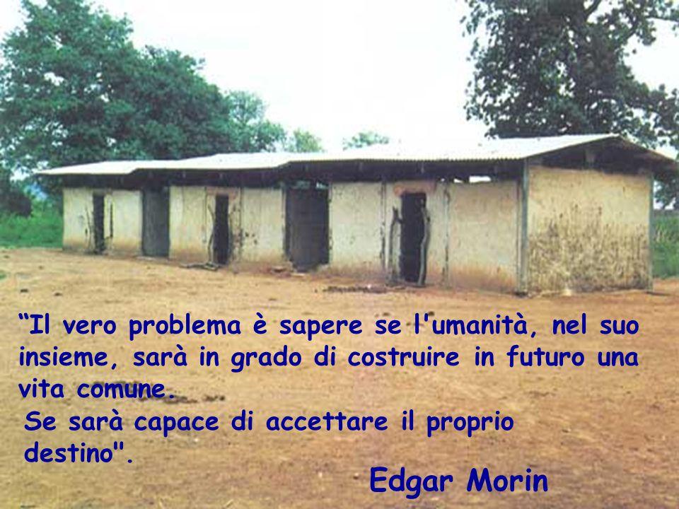 """""""Il vero problema è sapere se l'umanità, nel suo insieme, sarà in grado di costruire in futuro una vita comune. Se sarà capace di accettare il proprio"""