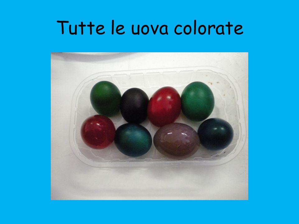 Tutte le uova colorate