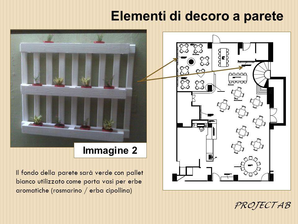 Elementi di decoro a parete Alternativa immagine 2 In questo caso il pallet sarà naturale e i contenitori in latta colorati.