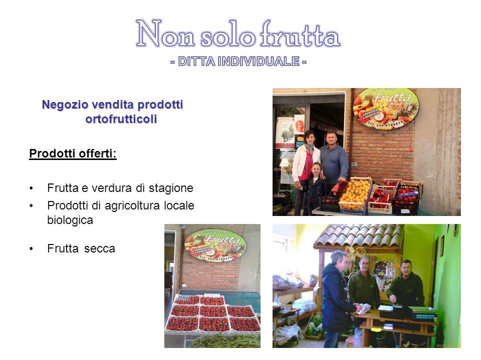 Negozio vendita prodotti ortofrutticoli Prodotti offerti: Frutta e verdura di stagione Prodotti di agricoltura locale biologica Frutta secca