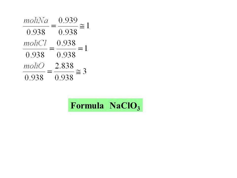 Peso Zn = 1.010 g Peso ZnO = 1.257 g Pa Zn = 65.37 Pa O = 16.00 Peso O = 1.257 – 1.010 = 0.247 g Il rapporto delle moli è 1 e quindi la formula è ZnO D1-6 Quando 1.010 g di vapore di Zn vengono bruciati all aria, si producono 1.257 g di ossido.