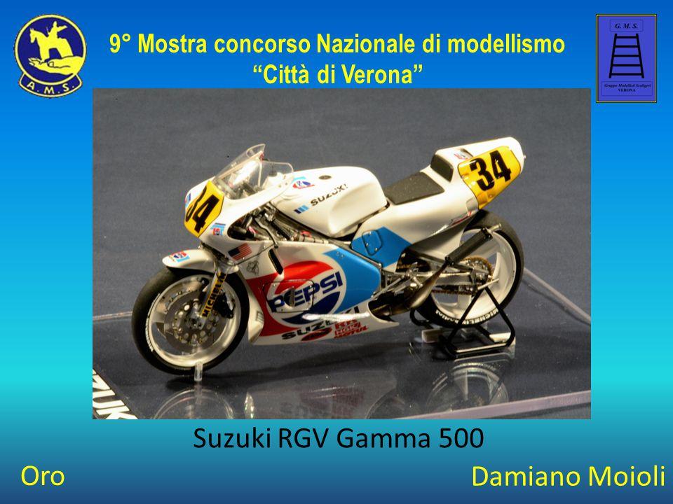 """Damiano Moioli Suzuki RGV Gamma 500 9° Mostra concorso Nazionale di modellismo """"Città di Verona"""" Oro"""