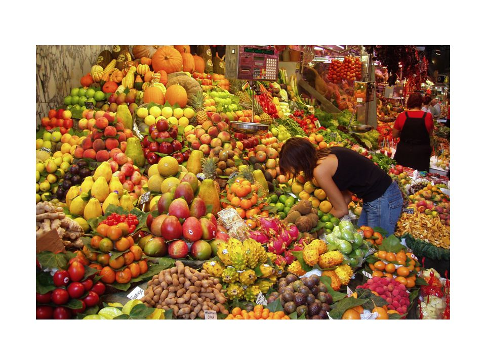 cibo: nutrire Lungo tutto il corso della storia tra donne e cibo c'è sempre stata una relazione particolare.