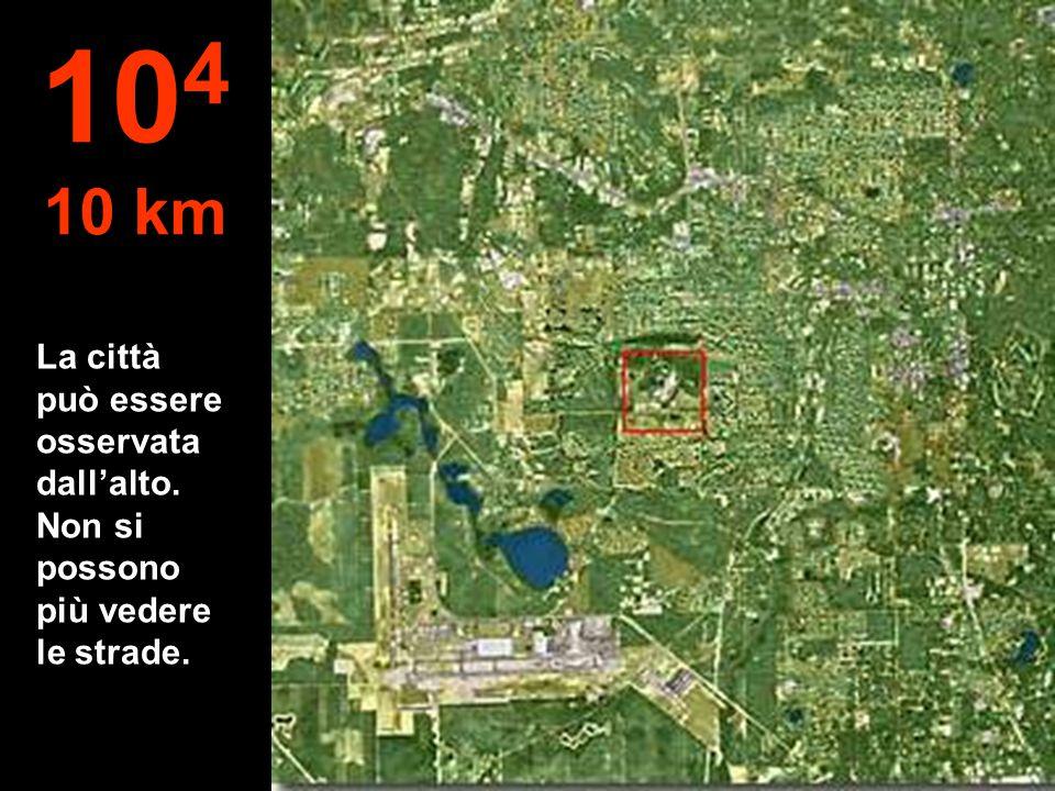 La città può essere osservata dall'alto. Non si possono più vedere le strade. 10 4 10 km