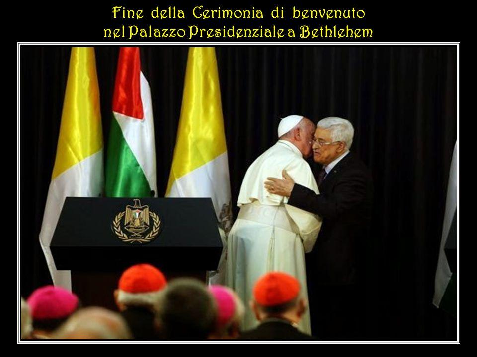 A tale riguardo esprimo il mio apprezzamento per l'impegno volto ad elaborare un Accordo tra le Parti, … con speciale attenzione alla libertà religiosa.