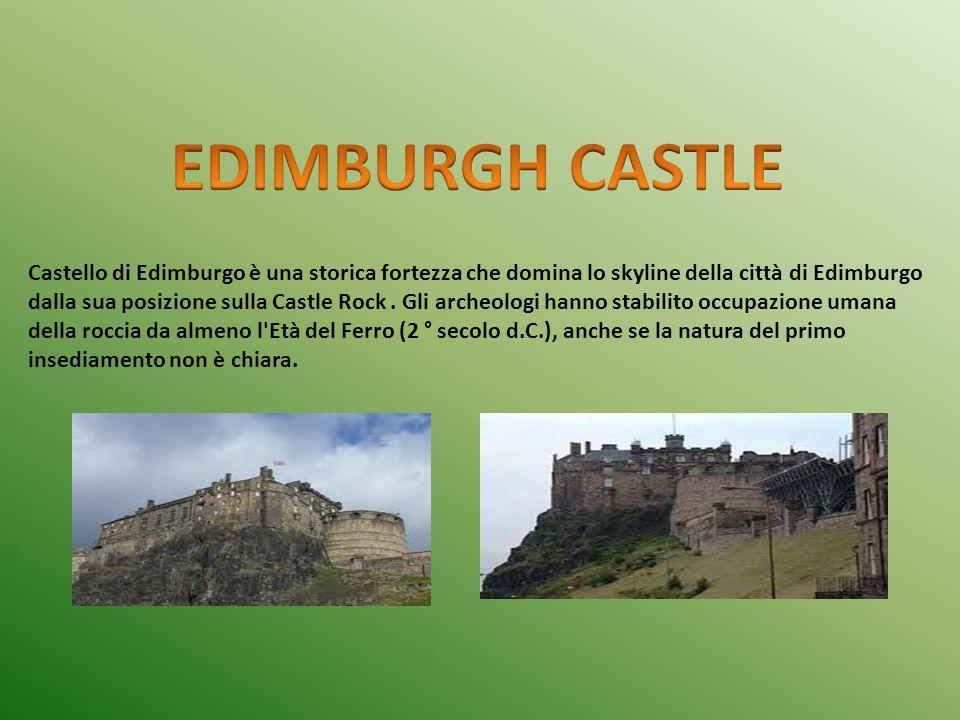 Castello di Edimburgo è una storica fortezza che domina lo skyline della città di Edimburgo dalla sua posizione sulla Castle Rock. Gli archeologi hann