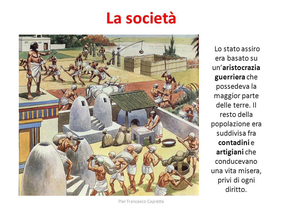 La società Lo stato assiro era basato su un'aristocrazia guerriera che possedeva la maggior parte delle terre. Il resto della popolazione era suddivis