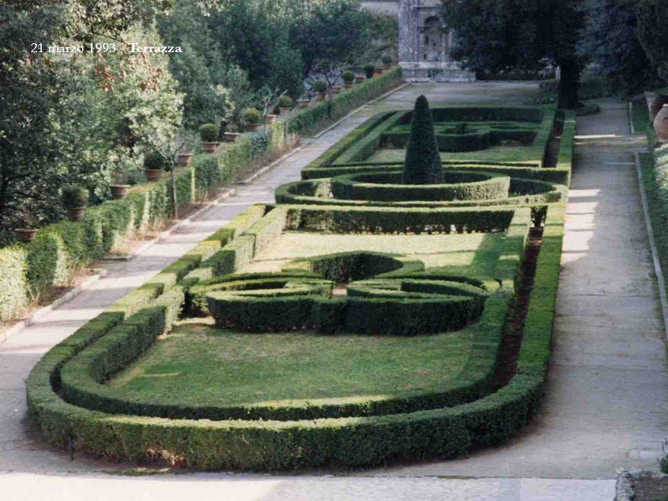 Villa d'Este si trova nel centro di Tivoli (RM).
