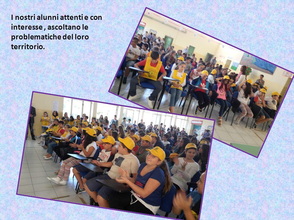 I nostri alunni attenti e con interesse, ascoltano le problematiche del loro territorio.