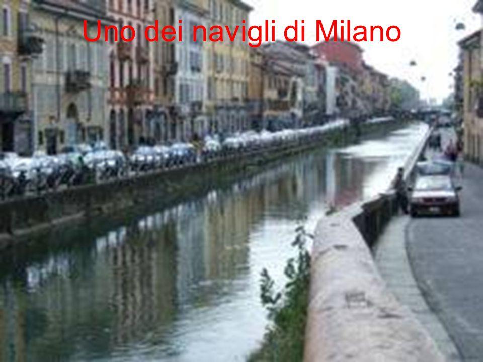 Uno dei navigli di Milano