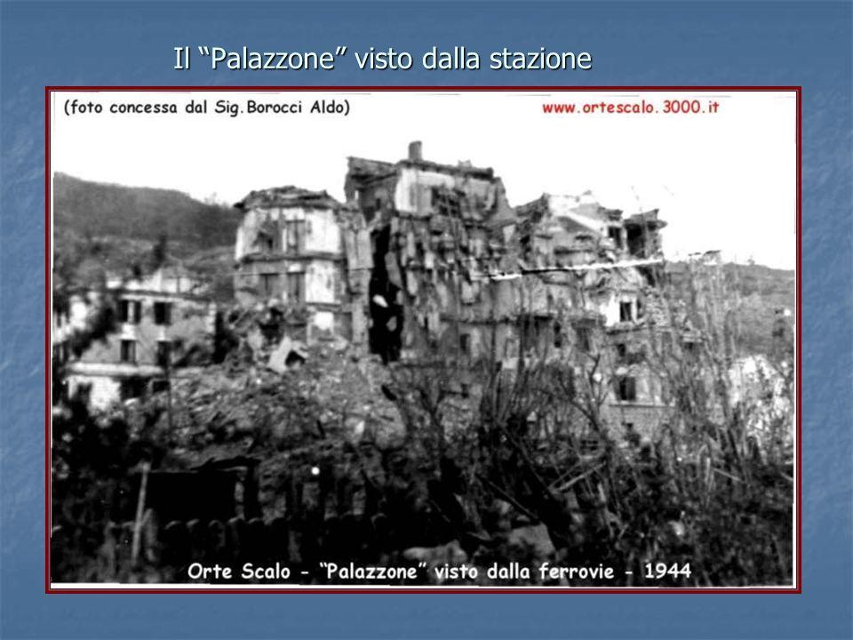 """Il """"Palazzone"""" visto dalla stazione"""