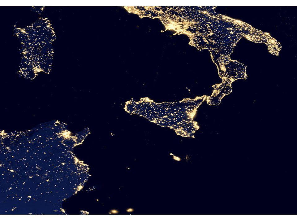 L'inquinamento luminoso in Europa Un osservatore in una zona NERA vede le stelle fino alla 6 magnitudine (circa 2400 stelle), mentre nelle zone ROSSE vede solo fino alla 2 magnitudine (circa 20 stelle !)
