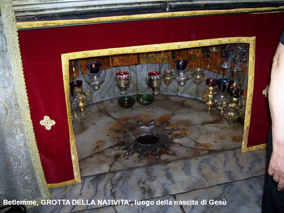 Gentile da Fabriano, Pala Strozzi, 1423 (tempera su tavola, 300x282), Galleria degli Uffizi, Firenze