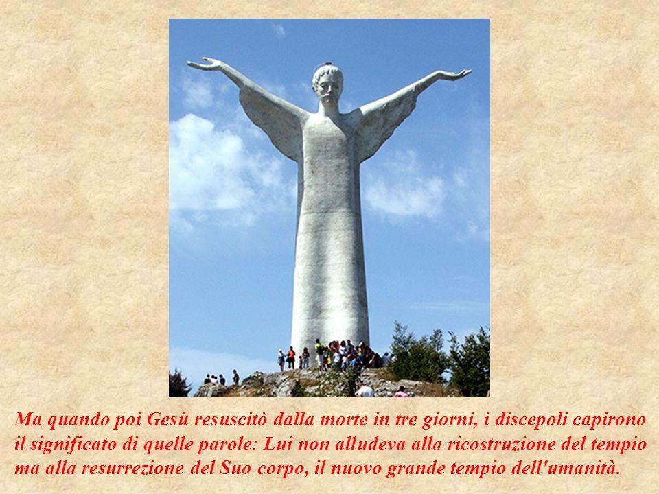 I sacerdoti del tempio allora gli chiesero arrabbiati: Ma chi ti ha dato l autorità di fare questo.