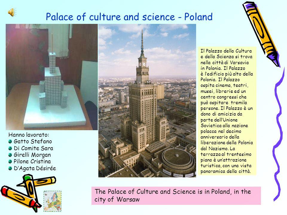 Palace of culture and science - Poland Il Palazzo della Cultura e della Scienza si trova nella città di Varsavia in Polonia.