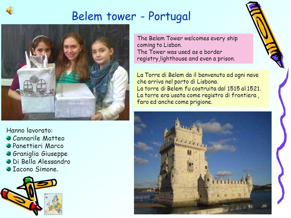 Belem tower - Portugal La Torre di Belem da il benvenuto ad ogni nave che arriva nel porto di Lisbona.