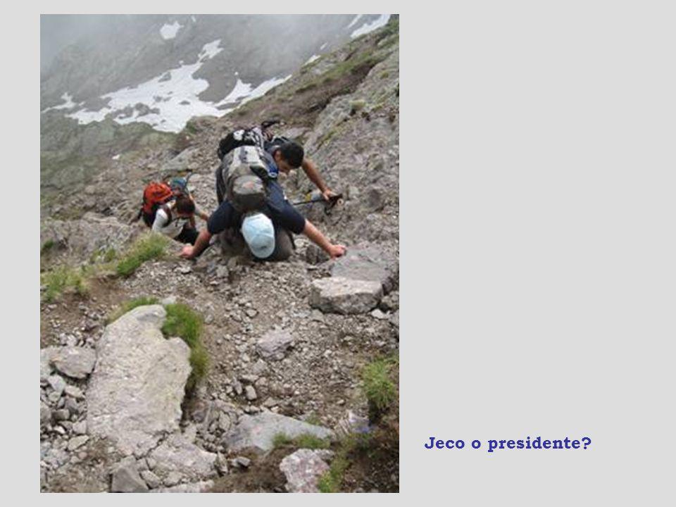 La croce della cima, ma prima c'è l'Hillary step.