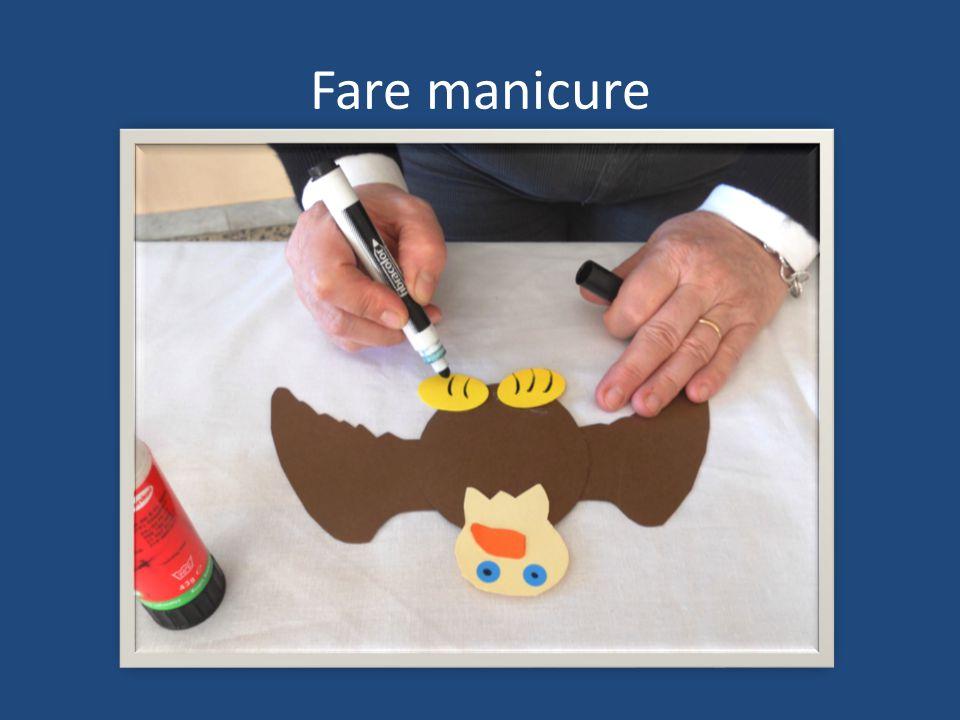 Fare manicure