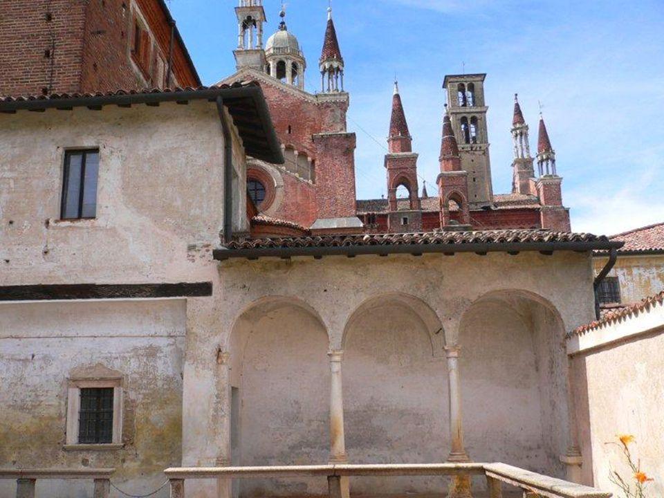 Composta nel Carmelo di Avila nel 1565, riferisce il percorso biografico e spirituale, scritto, come afferma Teresa stessa, per sottoporre la sua anima al discernimento del Maestro degli spirituali , san Giovanni d Avila.